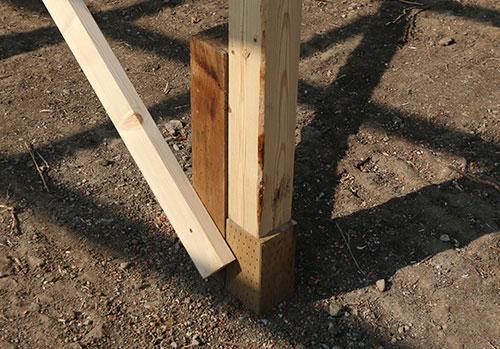 基礎杭と柱の位置関係 格安簡単小屋の作業 小屋大全