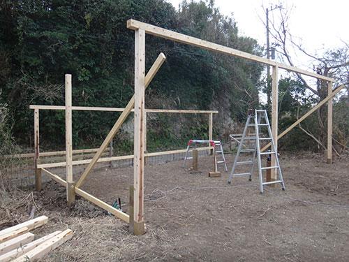 桁の材料(角材) 格安簡単小屋の作業 小屋大全