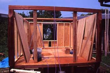 ログ風柱と梁